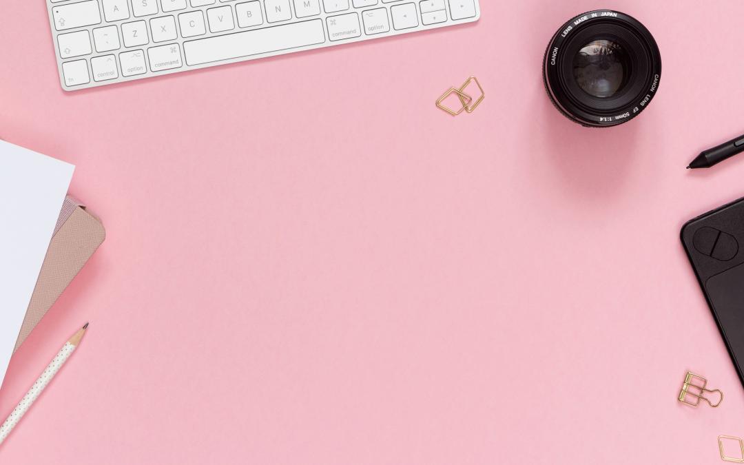 Banki zdjęć dla bloga i biznesu | 20 darmowych i płatnych źródeł